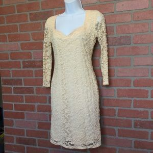 ASOS lace overlay dress size 6 (H53)